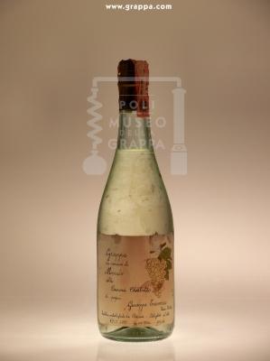 Grappa da Vinacce di Moscato della Cascina Chiabotto di Papà Giuseppe Traversa